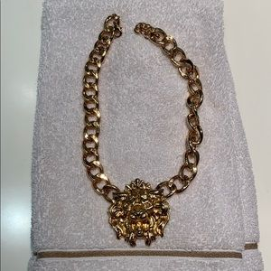 Good statement necklace with lions head